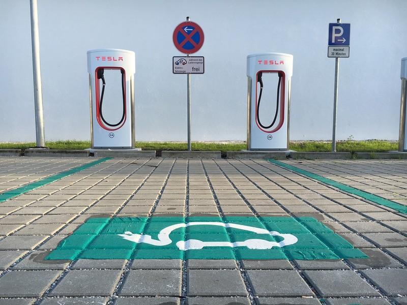 Superchargeur électrique Tesla