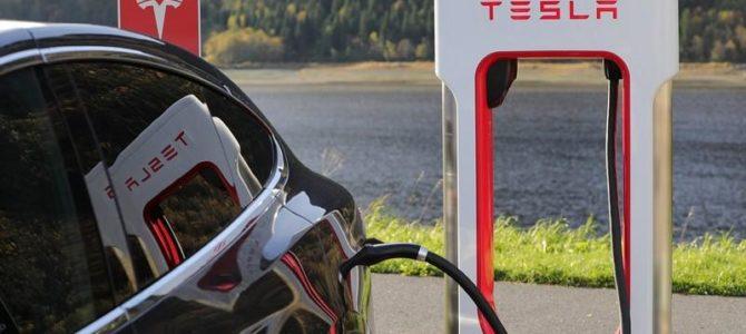 C'est quoi un Superchargeur Tesla?