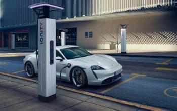 Porsche Taycan se recharge