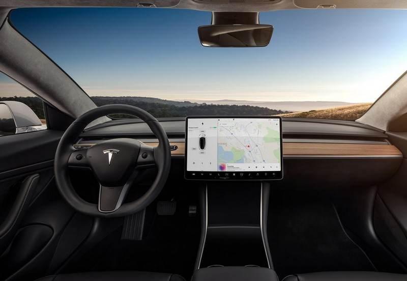 Tableau de bord Tesla model 3