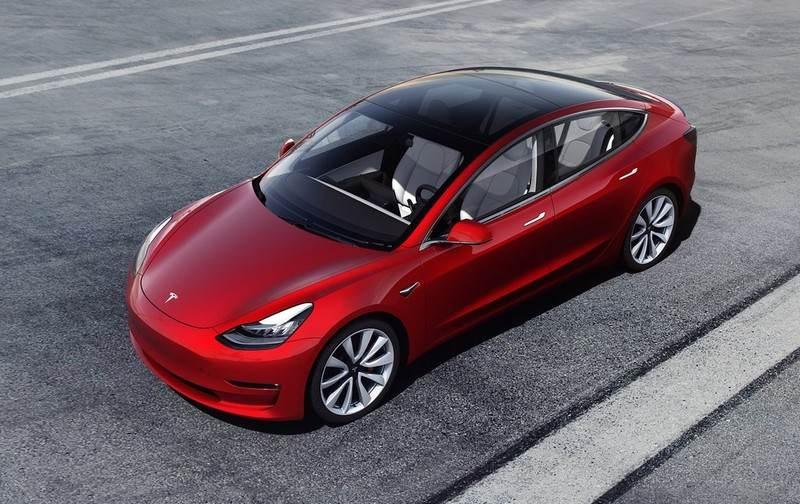 Vue plongeante Tesla Model 3