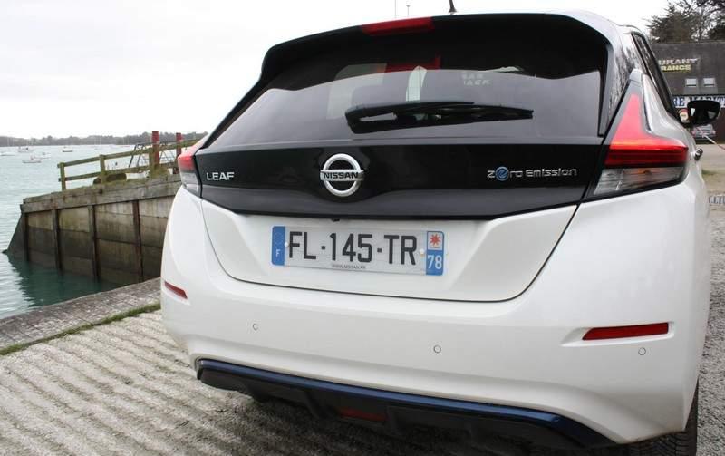 arrière de la Nissan Leaf e+