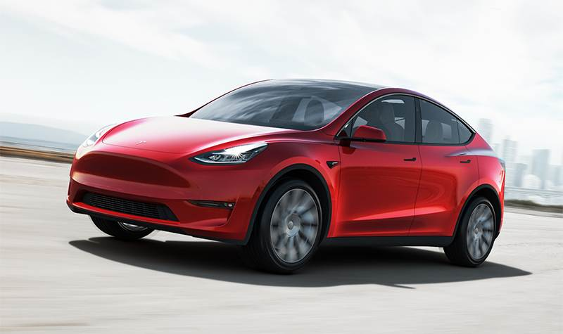 Tesla Model Y en rouge